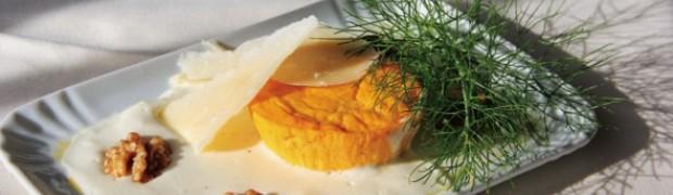 Flan di carote su crema di formaggi e noci tostate