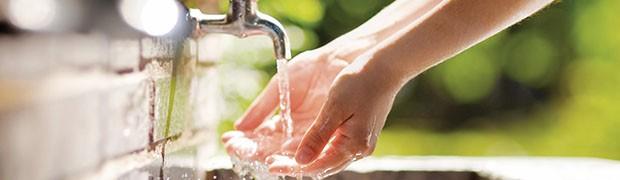 Brescia, i cittadini votano per l'acqua pubblica