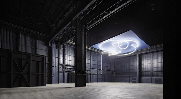 Lucio Fontana - Struttura al neon per la IX Triennale di Milano, 1951/2017 © Fondazione Lucio Fontana - Foto: Agostino Osio