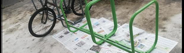 Zogno: da banchi a porta-biciclette.