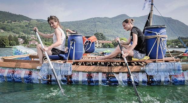 Varata Ita-Ca, la barca realizzata da Cauto con materiali di scarto